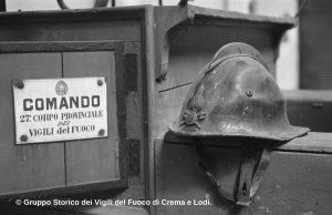 El casco de fuego M38 de 1939-40 producido por la Società Anonima Bergomi